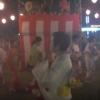 [悲報]盆踊りうるせえ!→FMトランスミッターで踊り手に音を飛ばす無音盆踊りが登場 これはシュールすぎる・・・